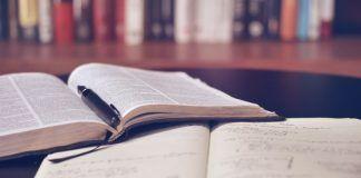Blarlo plataforma de traducción de textos que cuenta con más de 2.000 traductores nativos