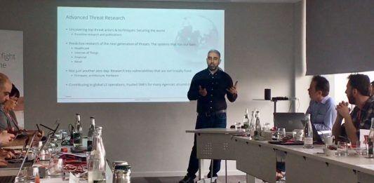 La visión de la ciberseguridad de McAfee de proteger los dispositivos a proteger a las personas