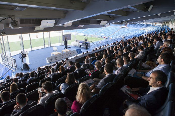 smart data summit spain 2019 datos inteligentes negocios evento madrid bernabeu palco 21 mayo tecnologia big data bit life media